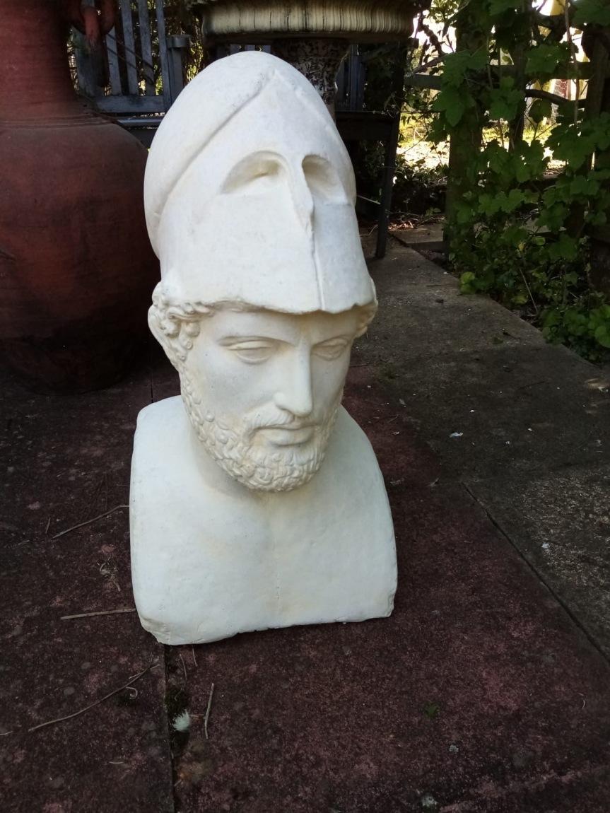 ROG15 head of Pericles 60cm £195