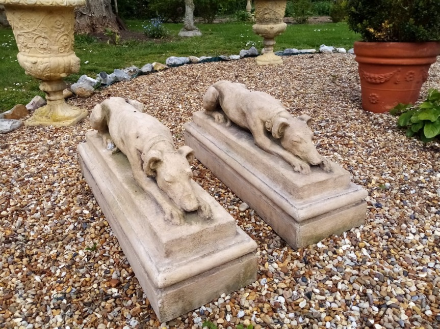 ROG17 stone pair of whippets £295